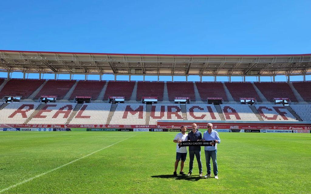 Salvatori in visita ai club spagnoli dello Huércal-Overa e del Real Murcia.