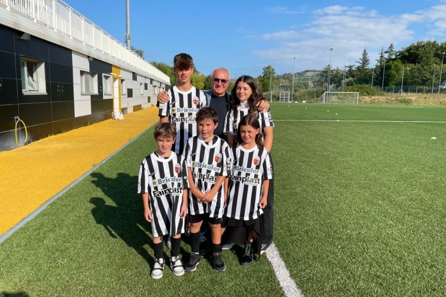 Notiziario: visita di Battista Faraotti alla squadra