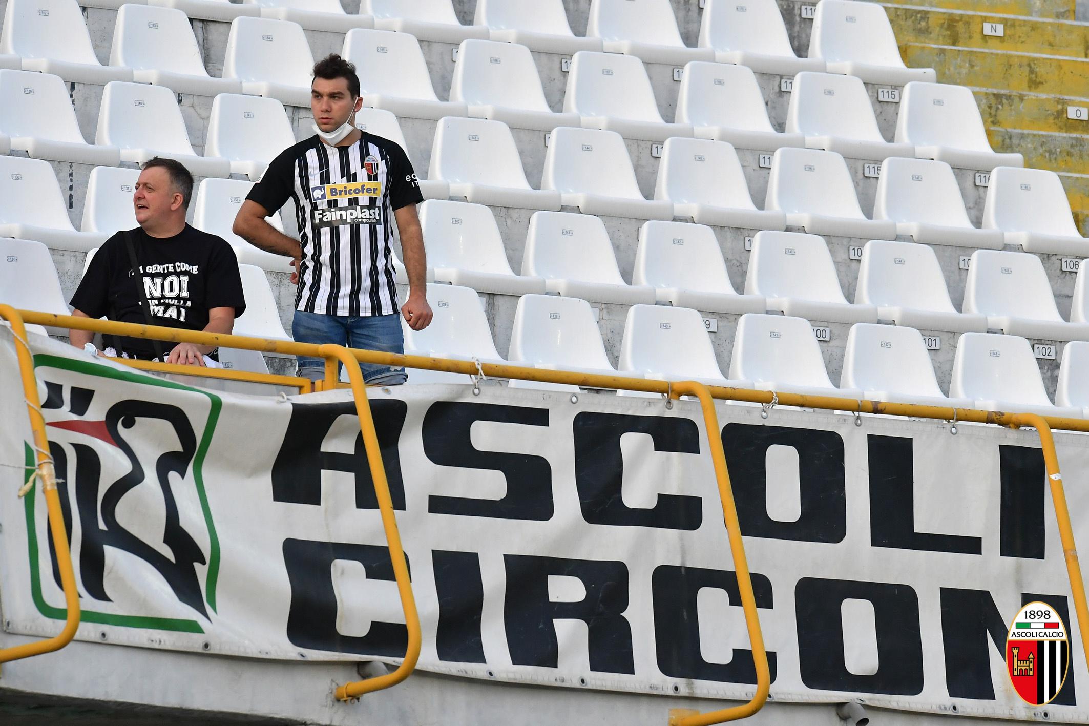Alessandria-Ascoli: in vendita 342 biglietti per i tifosi bianconeri.